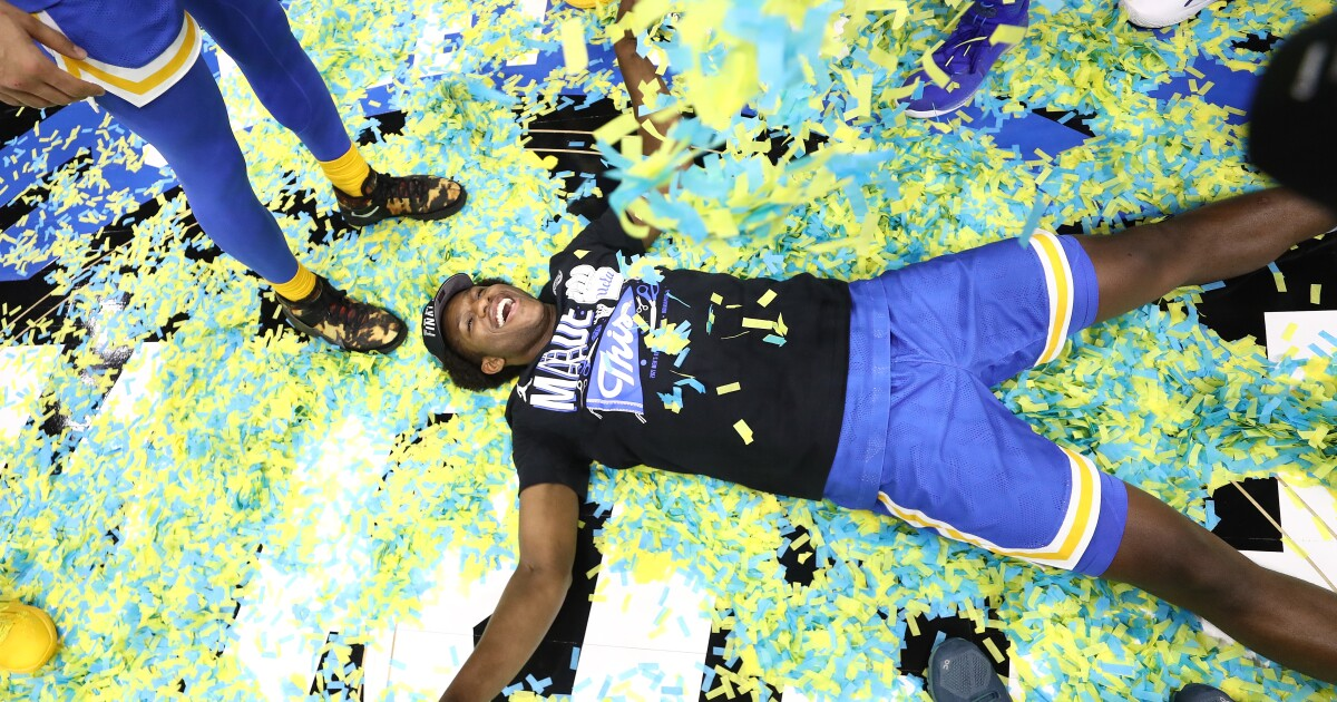 Plaschke: David Singleton is the heart and sole of UCLA's special team