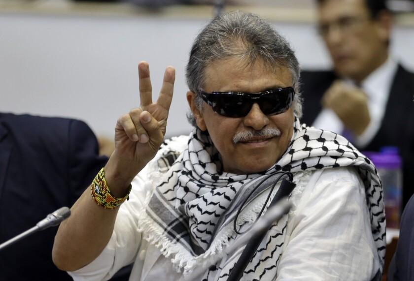 En esta imagen del 12 de junio de 2019, el excombatiente de las FARC Seuxis Hernández