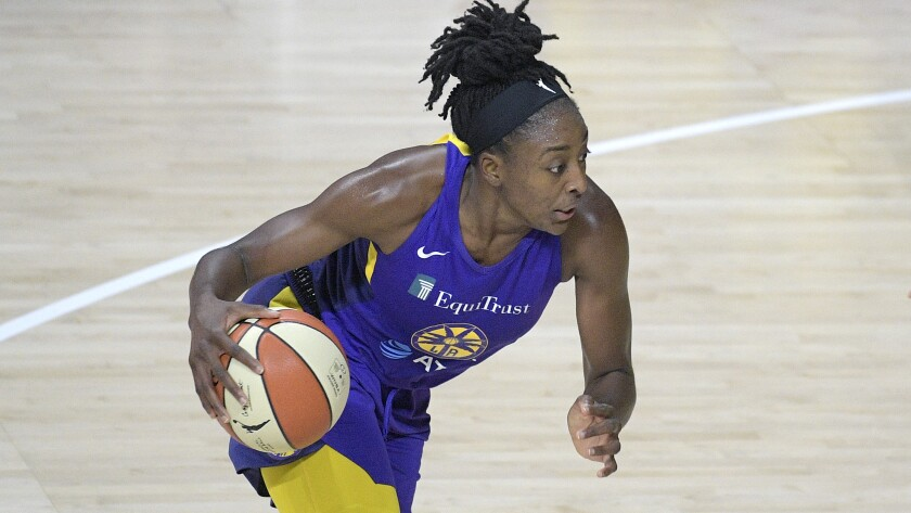 Sparks forward Nneka Ogwumike drives to the basket.