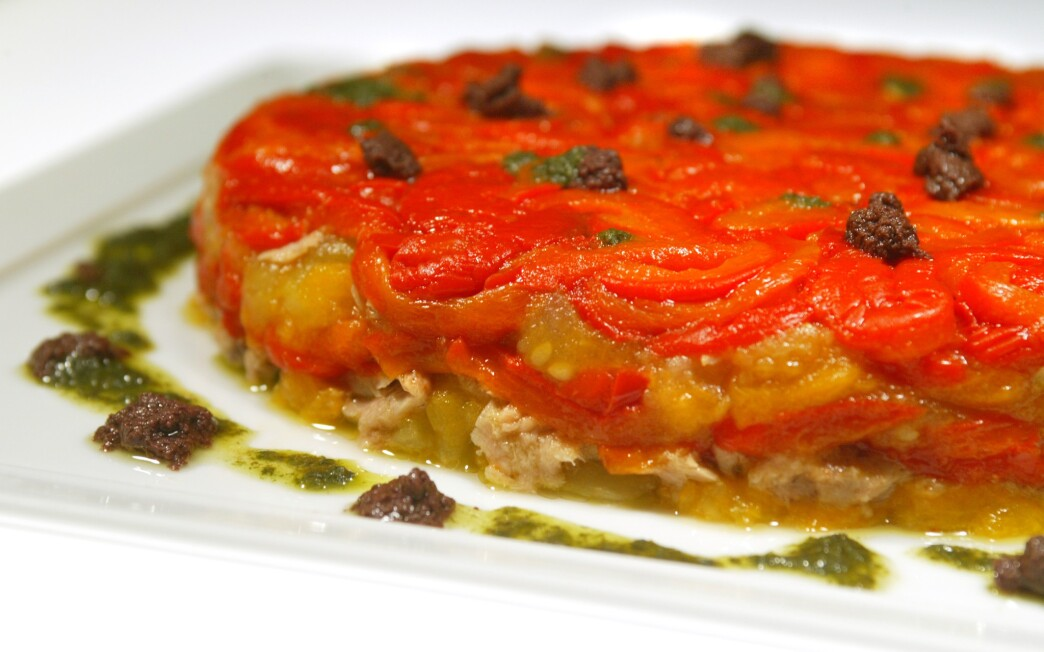 Roasted pepper, tomato and tuna mold with basil and black olive purees
