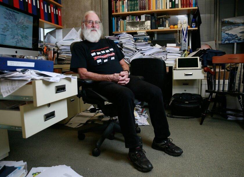 Salk Institute biologist Tony Hunter