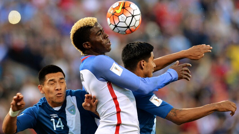 Gyasi Zardes, shown heading a ball during a World Cup qualifier against Guatemala, has been called back up to the men's national team.