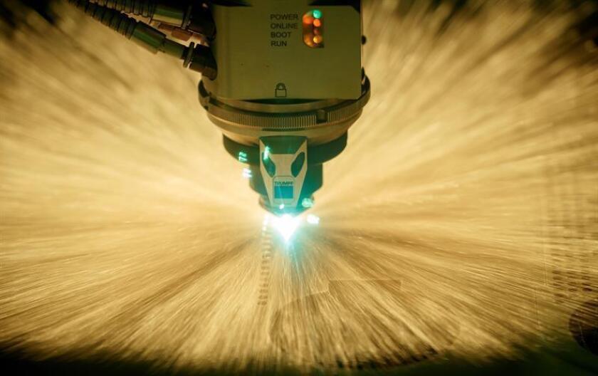 """Una alianza anunciada hoy entre las empresas Stratasys y Eckhart busca impulsar la adopción de la impresión 3D en el diseño de una nueva generación de instrumentos de fábrica, lo que """"podría traer consigo una innovación disruptiva en el mercado de las herramientas industriales en América del Norte"""". EFE/ARCHIVO"""