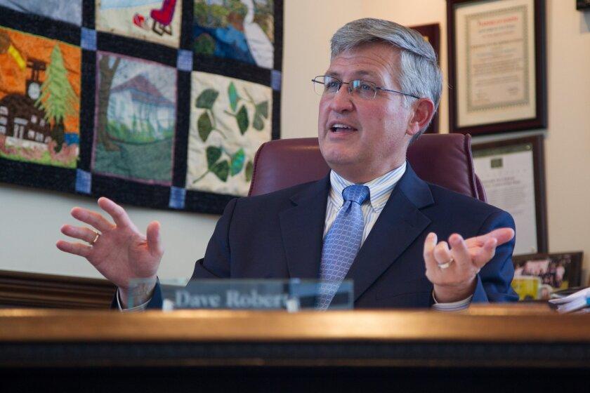 Supervisor Dave Roberts