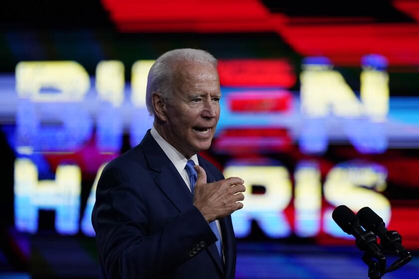 El candidato presidencial demícrata Joe Biden habla durante un acto proselitista en Wilmington