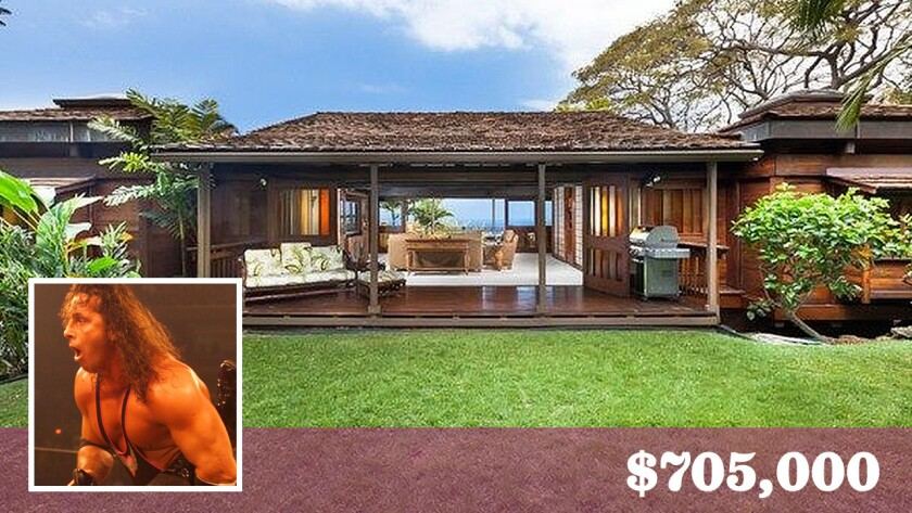 """Retired professional wrestler Bret """"Hit Man"""" Hart has sold his tropical-inspired home in Kailua-Kona, Hawaii, for $705,000."""
