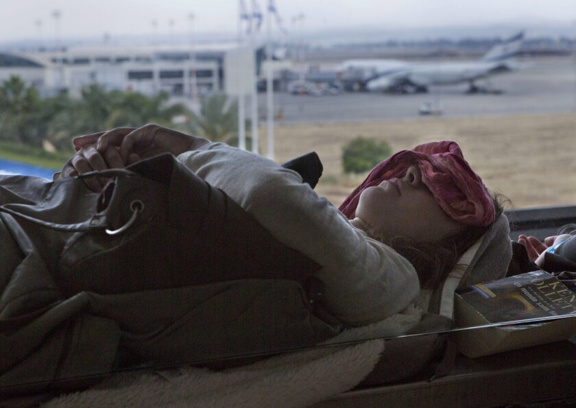 Israeli airline workers end strike over 'open skies' agreement