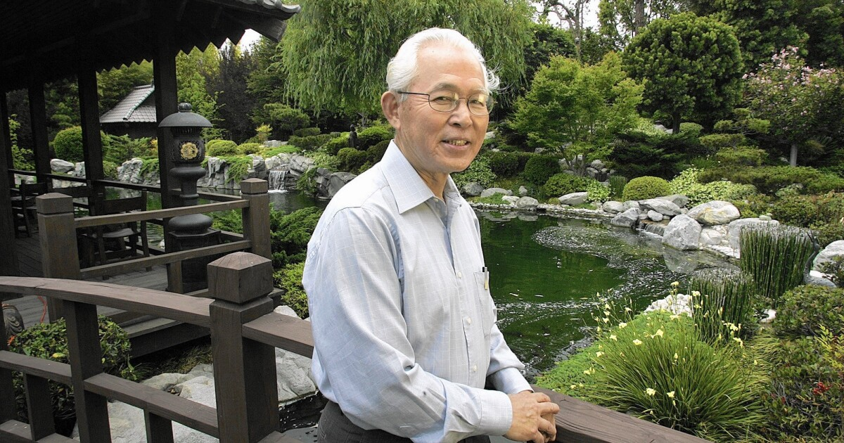 Takeo Uesugi Dies At 75 Landscape Architect Restored Huntington Library S Japanese Garden Los Angeles Times