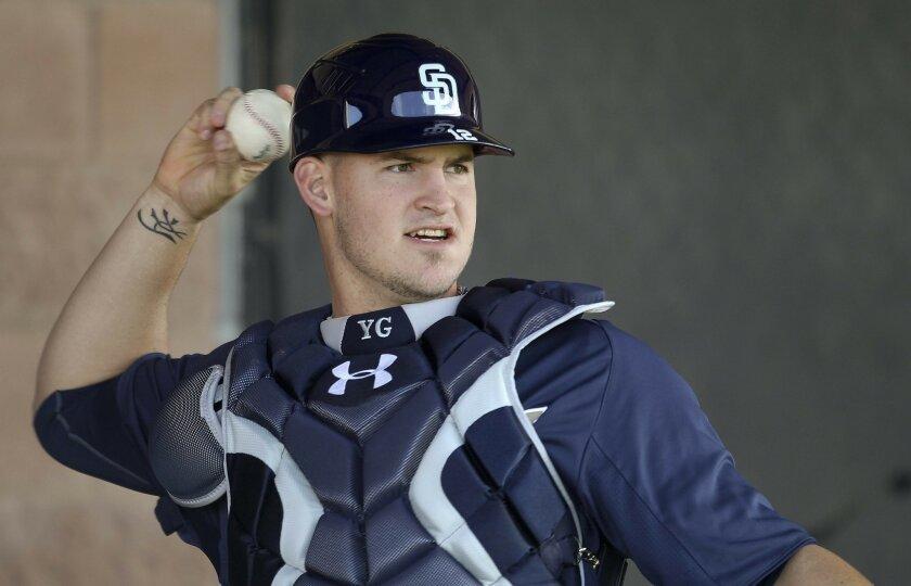 New Padres catcher Yasmani Grandal