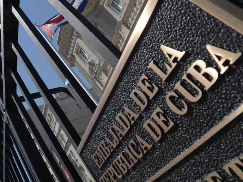 Los Gobiernos de EEUU y Cuba mantuvieron hoy una reunión técnica en Washington para hablar sobre la lucha contra el narcotráfico y acordaron mantener más conversaciones sobre ese tema en el futuro, informó en un comunicado la embajada cubana. EFE/ARCHIVO