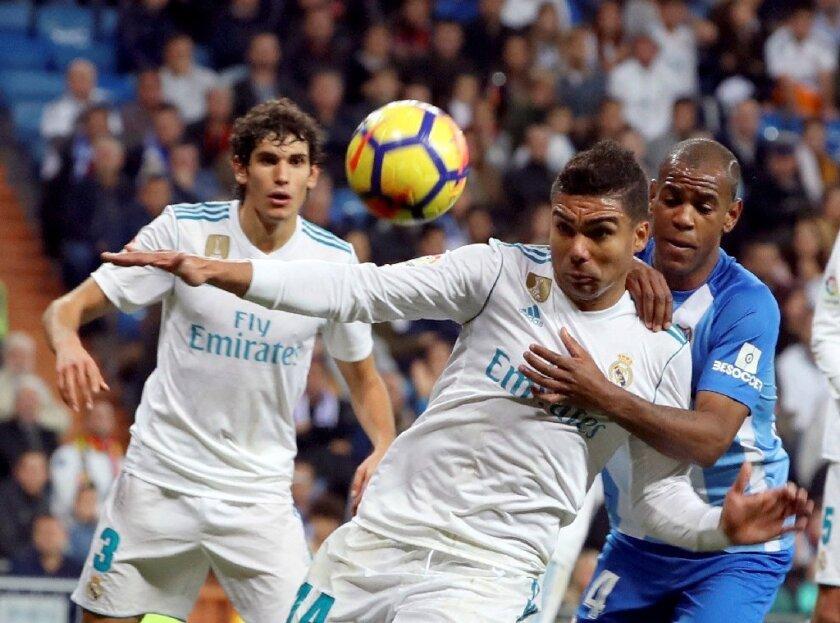 Real Madrid y el Atlético siguen con todo pese a desventaja en la tabla