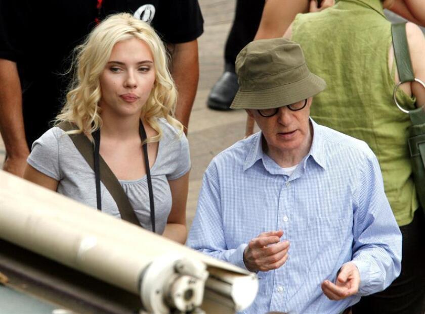 Scarlett Johansson defiende a Woody Allen de las acusaciones de abuso sexual