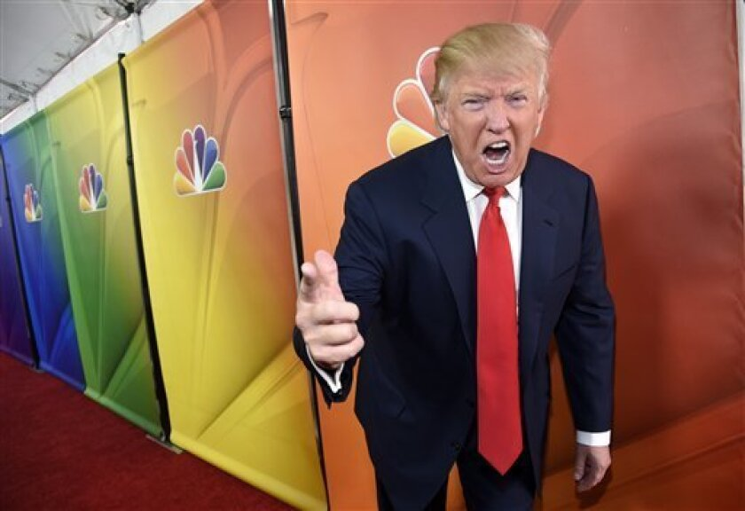 """""""La elección esta· absolutamente siendo amañada por los medios deshonestos y distorsionados, que impulsan a la mentirosa Hillary. Pero también en muchas casillas. Triste!"""", tuiteo ayer el candidato presidencial republicano, sin ofrecer evidencia alguna."""