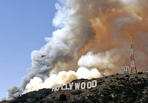 Hollywood Hills blaze