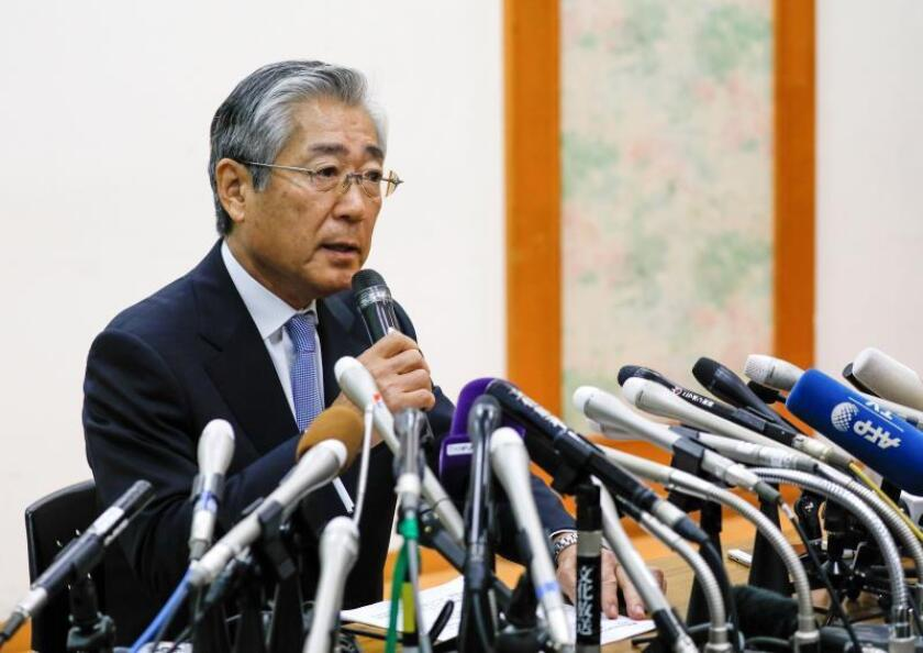 Tsunekazu Takeda, presidente del Comité Olímpico Japonés (JOC), durante una conferencia de prensa hoy, en Tokio. EFE/Archivo