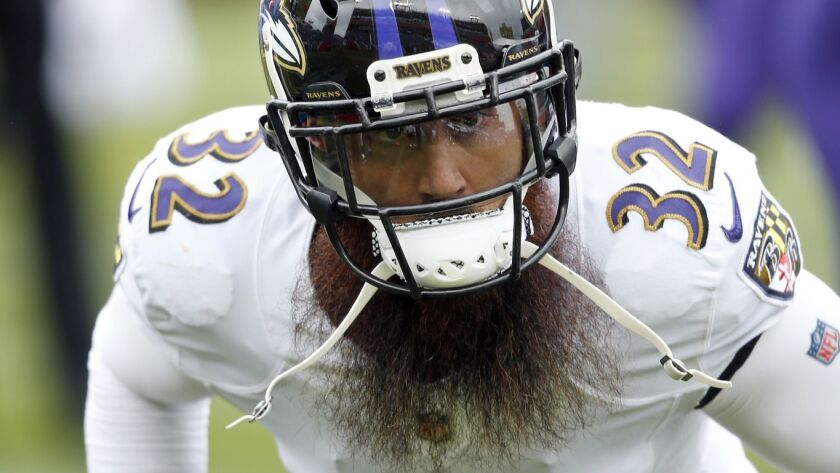 Baltimore Ravens safety Eric Weddle warms up before facing the Titans, Oct. 14, 2018, in Nashville, Tenn.