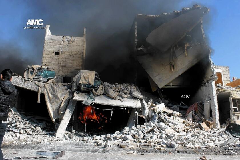Airstrikes destroy building in Aleppo, Syria