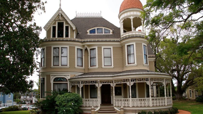 The Long-Waterman House, 2408 First Avenue, Bankers Hill owned by John and Allegra Ernst.