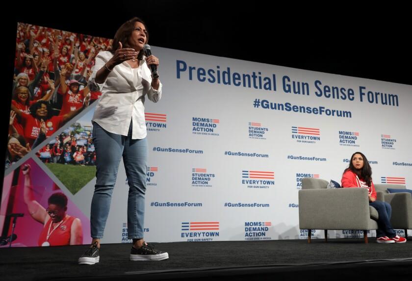 A Trump Kamala Harris Debate Scenario Enthralls Iowa Democrats Los Angeles Times