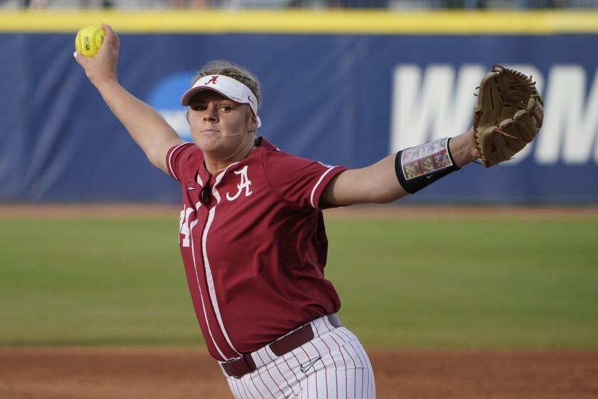 Alabama's Lexi Kilfoyl pitches in the third inning against Florida State.