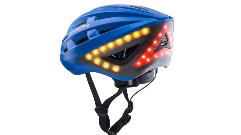 Lumps smart helmet that lights up and offers turn signals