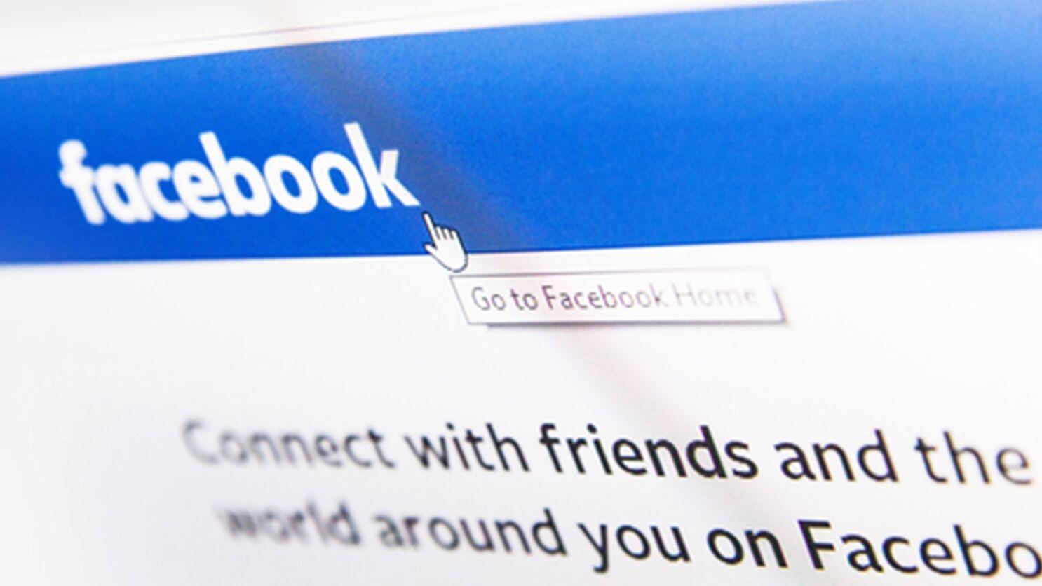 Facebook Twitter Curb Sharing Of Hunter Biden Story Los Angeles Times