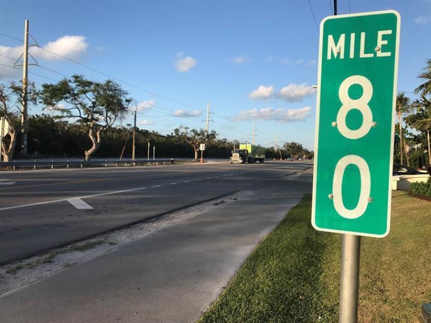 Según el diario digital Flkeysnews, Rick Ramsay, alguacil del condado de Monroe, reclamó esa medida para el tramo de la carretera nacional US1 que va de la milla 77,5 a la 80, en el cayo Islamorada. EFE/Archivo