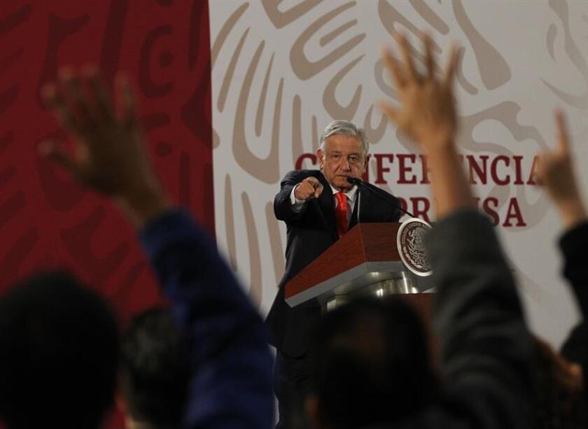 El presidente de México, Andrés Manuel López Obrador, en una rueda de prensa en el Salón Tesorería de Palacio Nacional en Ciudad de México (México). EFE