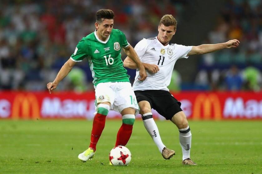 Alemania sacudió 4-1 a México en la Copa Confederaciones 2017; ambas selecciones chocarán en su debut en el Mundial 2018.