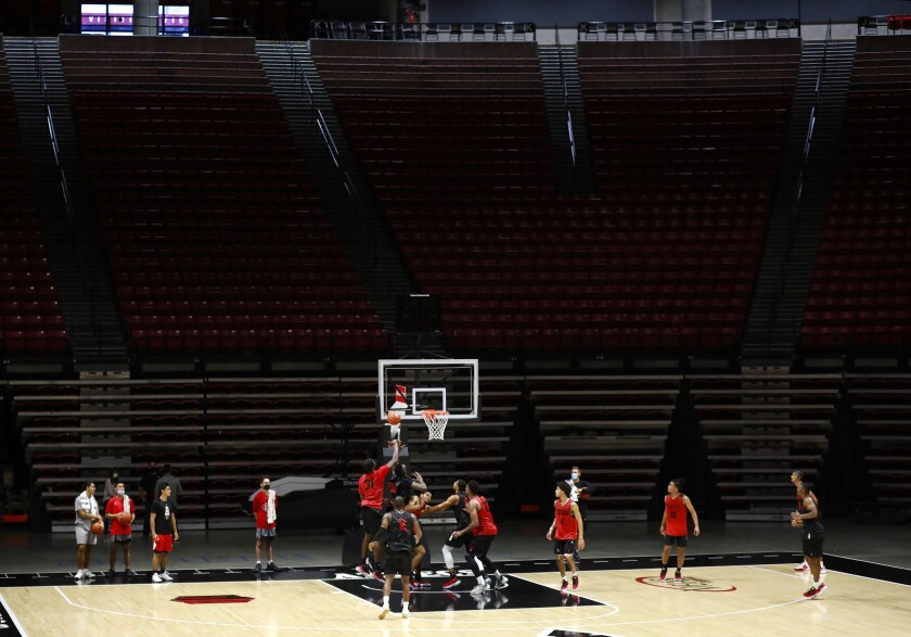 San Diego State Aztecs basketball team practices at Viejas Arena on Tuesday, Sept. 28
