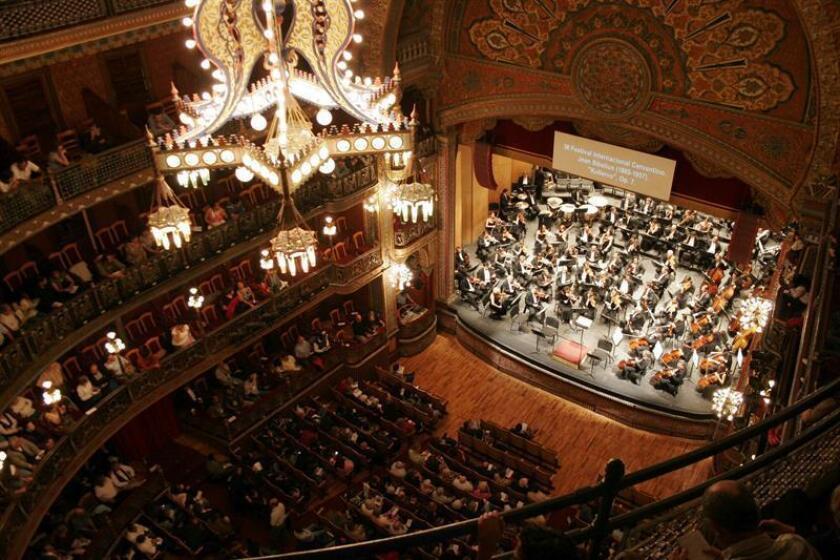 La Orquesta Sinfónica Nacional (OSN) de México conmemorará el centenario de la Constitución de 1917 con un programa especial, el cual contará con dos obras musicales mexicanas y una inglesa, creadas en las primeras tres décadas del siglo XX. EFE/ARCHIVO