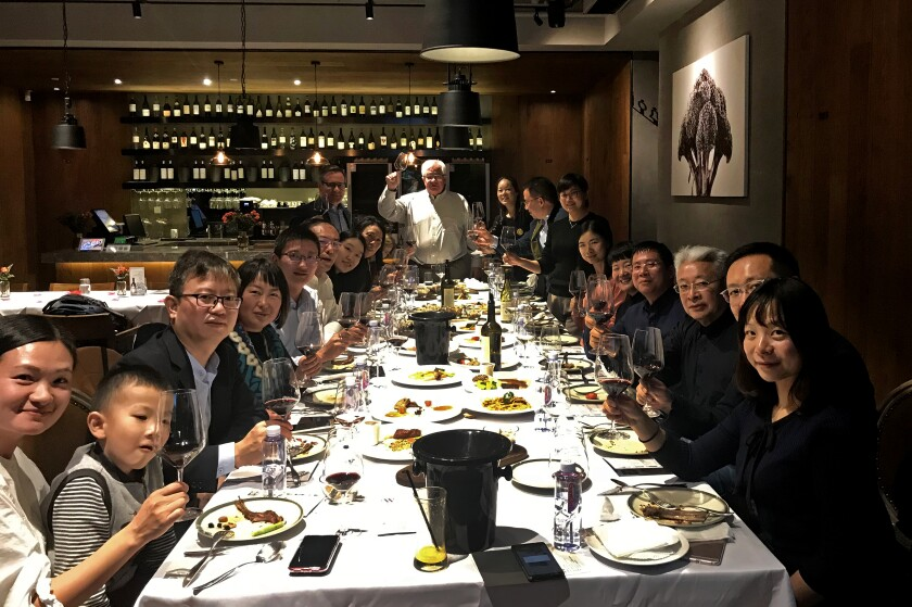 Alexander Valley Vineyards hosts a dinner in Shanghai to promote its wine