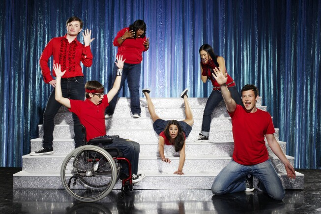"""By Maria Elena Fernandez and Denise Martin, Times Staff Writers Ryan Murphy, the creator of """"Nip/Tuck"""" and """"Popular,"""" is back with a comedy series revolving around singing, dancing high school misfits. What's not to like? We let the players explain why you should tune in to the May 19 premiere of """"Glee"""" on Fox:"""