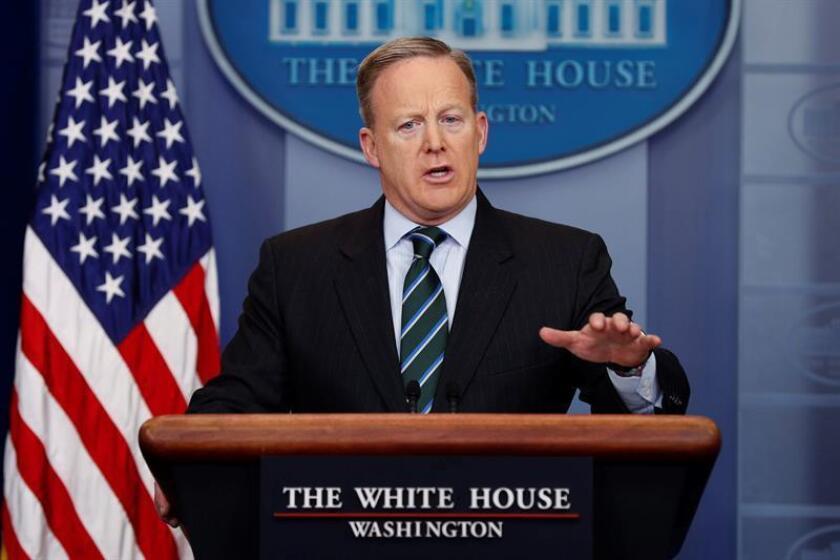 """El portavoz de la Casa Blanca, Sean Spicer, afirmó hoy que la Casa Blanca priorizará los derechos humanos en la """"revisión completa"""" que está haciendo de la política estadounidense hacia Cuba. EFE/ARCHIVO"""