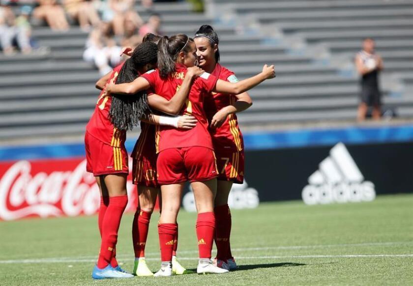 Jugadoras de España celebran un gol durante un partido del Mundial Femenino Sub'17 ante Canadá. EFE/Archivo