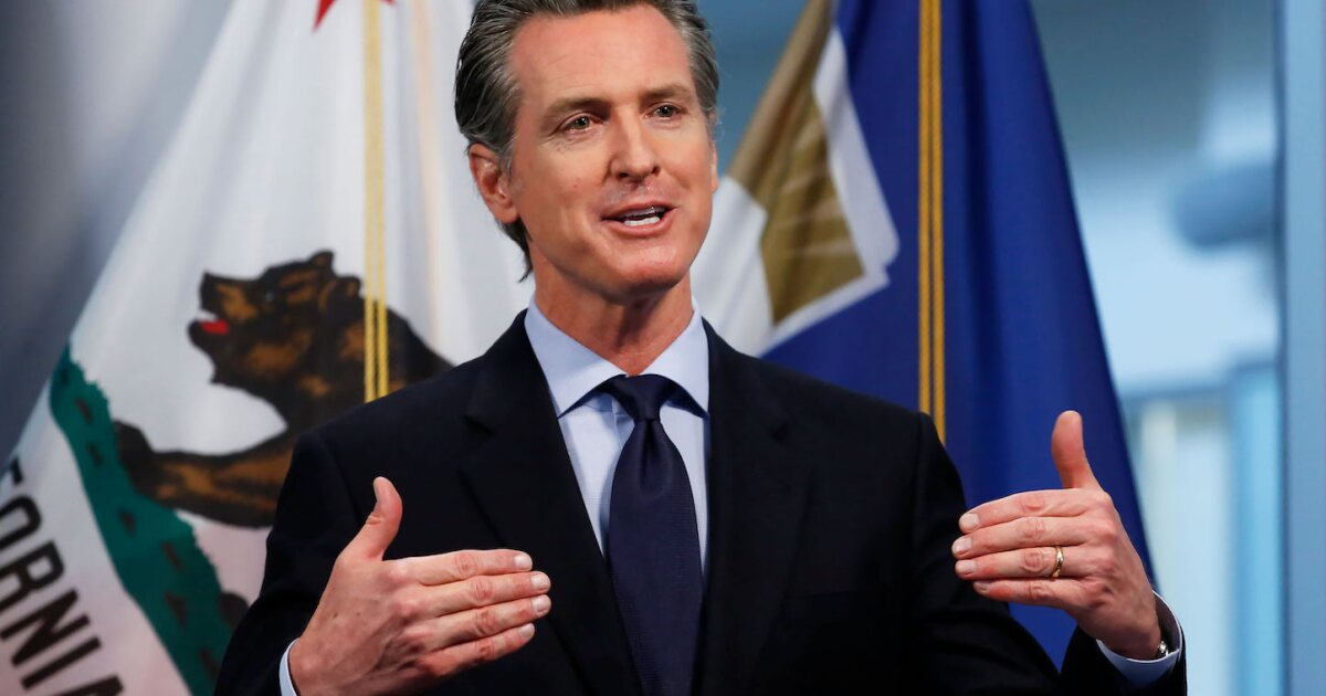 Newsom shouldn't ignore an effort to recall him. Here's how he can fight it