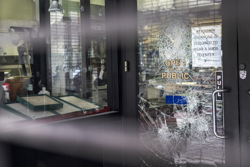 A jewelry business on 6th Street in Los Angeles was struck by vandals.