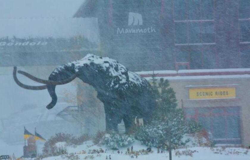 Tuesday Travel Ticker: More snow at Mammoth