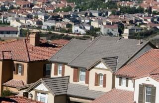 Aumentan los costos de vivienda en California