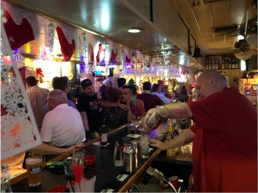 Mad Hatter Lounge i