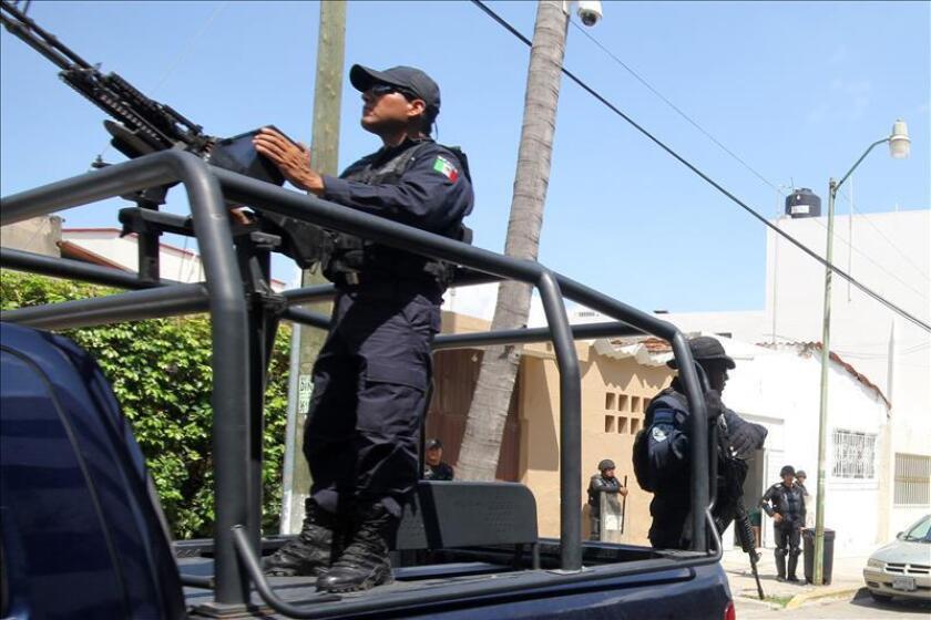 La cifra de muertos en el motín registrado esta madrugada en el penal de Topo Chico, en la zona metropolitana de la ciudad mexicana de Monterrey (norte), asciende a cerca de 60, informaron trabajadores de la cárcel desde el interior del presidio.