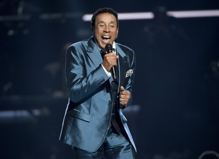 Singer, songwriter, producer and record executive Smokey Robinson has been named the 2016 recipient of the Library of Congress' Gershwin Prize for Popular Song.