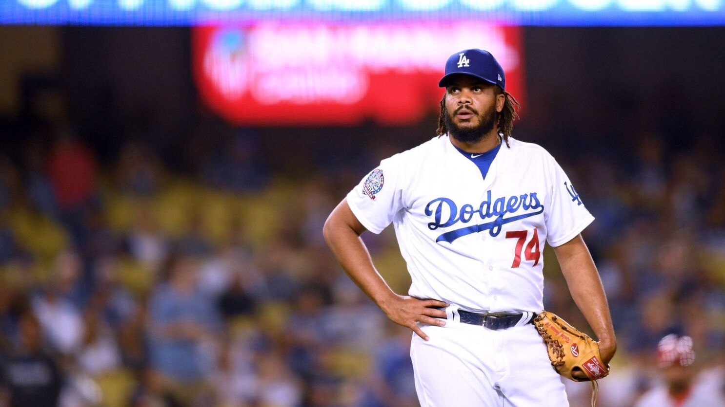 new concept ba482 ecc09 Dodgers Dugout: Pitching poorly shouldn't be the biggest ...