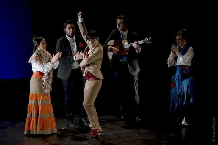 Fotografía promocional cedida por Marcos G. Punto muestra al bailaor Jesús Carmona (c). Carmona es uno de los talentos más sólidos de la danza española. EFE/Cortesía Marcos G. Punto/SOLO USO EDITORIAL/NO VENTAS
