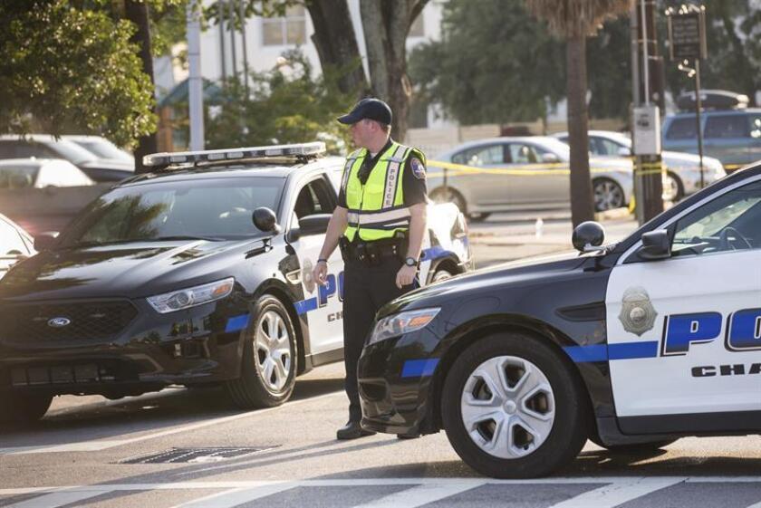 Al menos cinco agentes de las fuerzas del orden fueron hoy víctimas de disparos de arma de fuego en Carolina del Sur, según medios de comunicación locales, que no precisaron si estaban muertos o heridos. EFE/Archivo