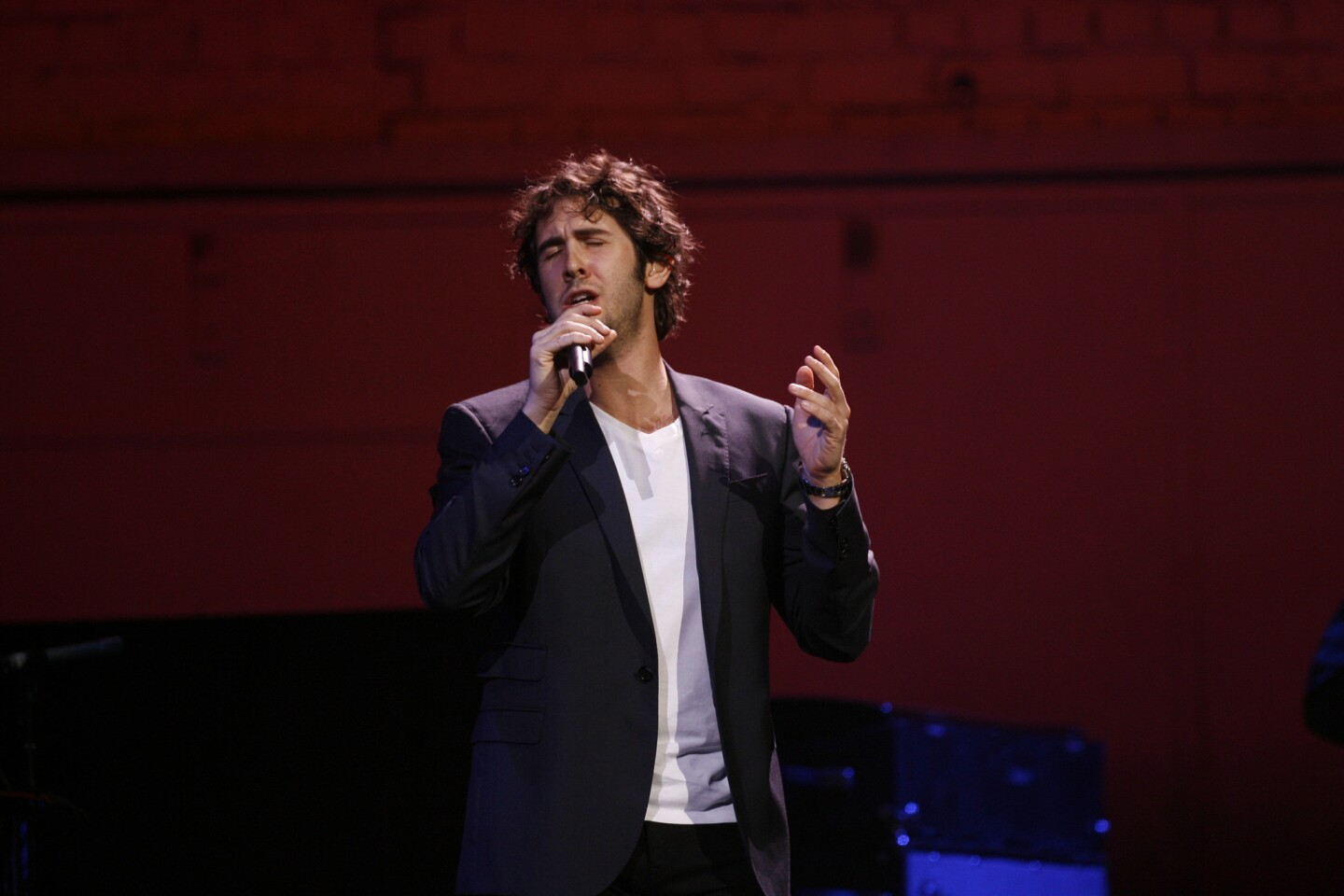 Josh Groban, performing at the Amway Center on Saturday.
