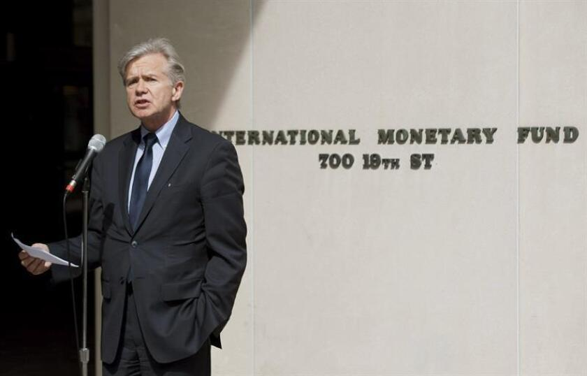 """El Fondo Monetario Internacional (FMI) afirmó hoy que es """"prematuro"""" hablar del comienzo de una guerra de divisas, pese a los críticas del presidente estadounidense, Donald Trump, sobre las políticas de Japón, China y Alemania. EFE/ARCHIVO"""