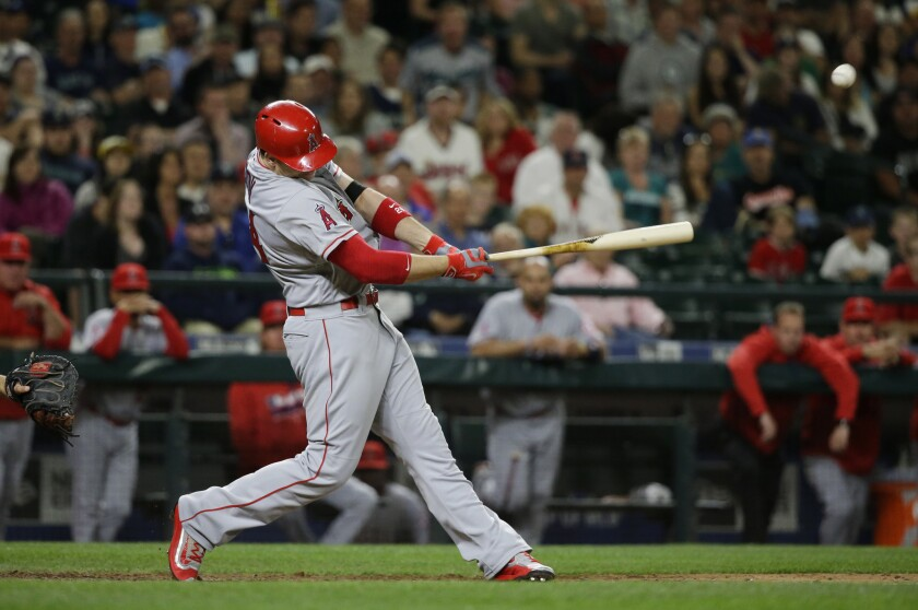 Angels rally to beat Mariners, 7-6, and end six-game skid