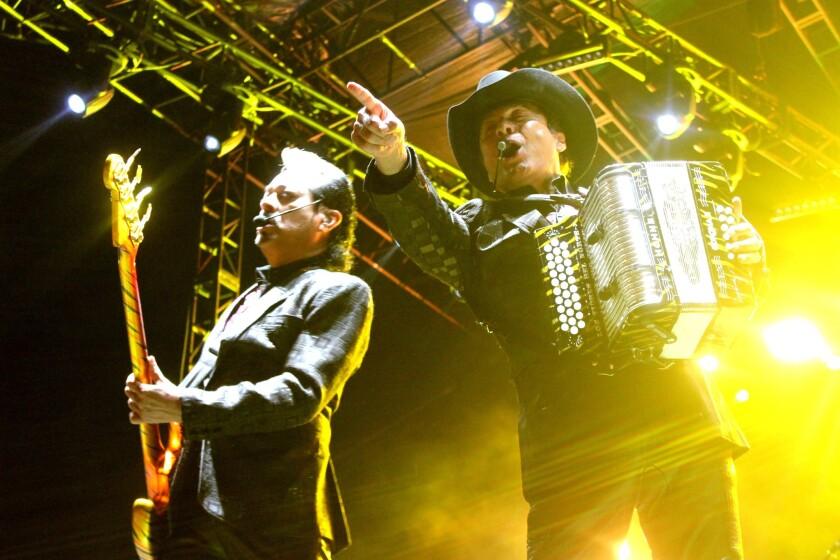 Los Tigres del Norte se presentan como acto de cierre del Tropicalia Fest en el Queen Mary de Long Beach.