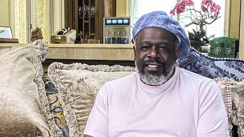 """Cedric the Entertainer in """"The Greatest #AtHome Videos"""" on CBS."""